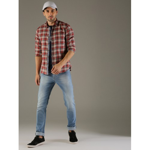 Flying Machine Men Red & Beige Slim Fit Checked Casual Shirt