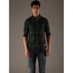 Flying Machine Men Green & Black Regular Fit Checked Casual Shirt