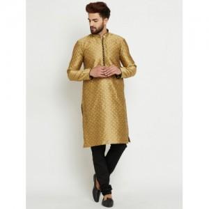SOJANYA Men Gold-Toned & Black Self Design Kurta with Pyjamas