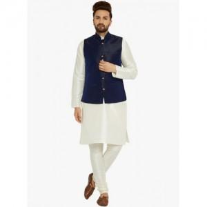 Sojanya Off White Textured Kurta Pyjama With Ethnic Jacket