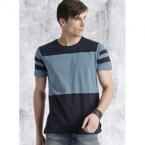 Roadster Blue Solid Regular Fit Round Neck T-Shirt