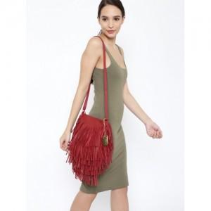 ToniQ Red Polyurethane Solid Sling Bag
