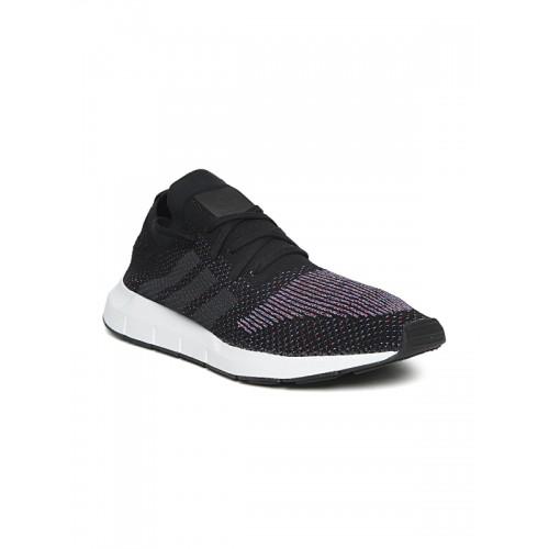 comprare adidas originali uomini neri swift run pk tessuti progettare scarpe