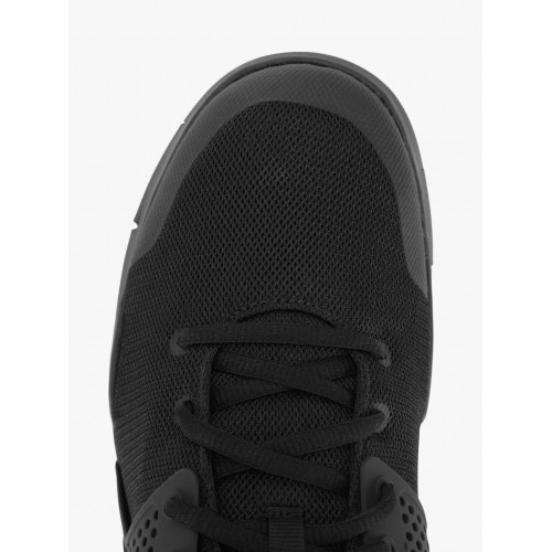 Nike ARROWZ Training & Gym Shoes For Men(Black)