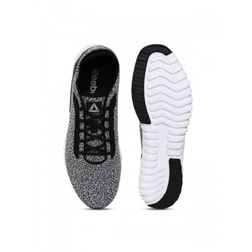 009db82911c Buy Reebok Men Black   White Wave Ride EX Running Shoes online ...