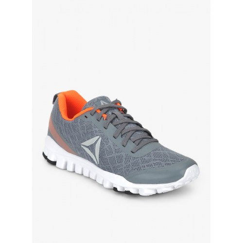 3bcc638c16f4ff Buy Reebok Men s Ultra Flex Run Running Shoes online