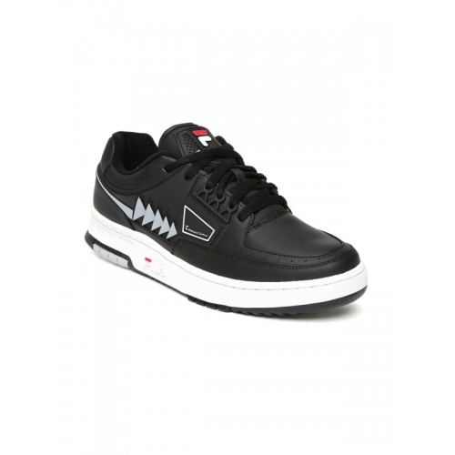bb2b6e31fac0 Buy FILA Men Black Tourissimo Low Sneakers online