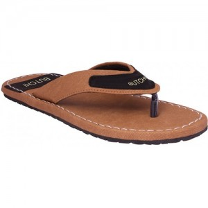 51126e28e445 Buy latest Men s Chappals On ShopClues online in India - Top ...