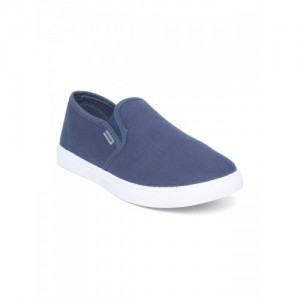 6561bada0fe Buy latest Men s Casual Shoes from Flying Machine On Myntra online ...