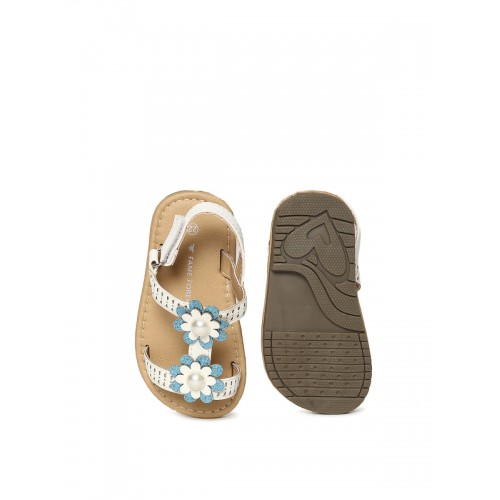 Fame Forever by Lifestyle Girls White Comfort Sandals